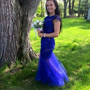 Dresses & Skirts - Blue prom gown